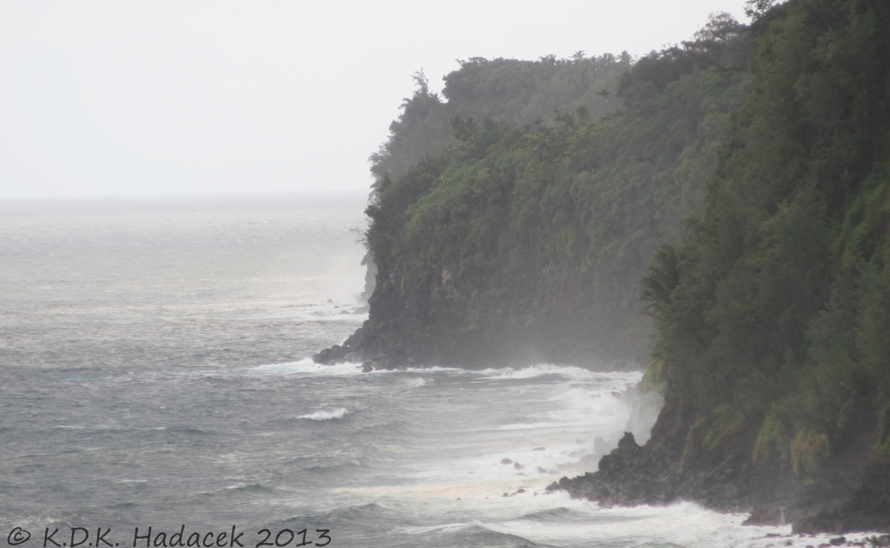 Hawaiian Cliffs, ocean